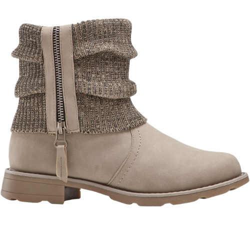 Světle hnědé kotníkové dámské zimní boty s pletenou vsadkou